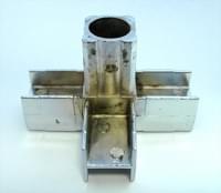 Соединитель 20*20 PR2 (4-х труб  90гр  хром)